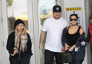 Blac Chyna Fuels Pregnancy Rumors with Doctor's Visit with Rob & Kim…