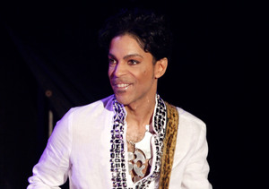 Prince's Death: Sinéad O'Connor Makes Outrageous Claims About Arsenio Hall