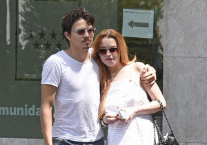 Video! Lindsay Lohan & Her Fiancé's Beach Brawl Caught on Camera