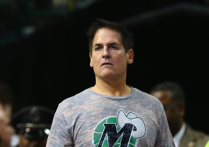 Mark Cuban Sounds Off on Donald Trump: 'It's Rare That You See Someone Get Stupider'