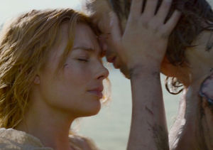 Alexander Skarsgård and Margot Robbie Talk Animalistic, Punching Sex Scene in…