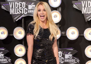 Britney Spears' Latest Wardrobe Malfunction Can't Stop Her From Performing!