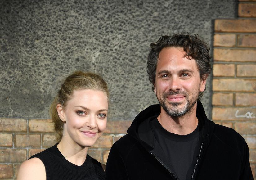 Amanda Seyfried & Thomas Sadoski Engaged!