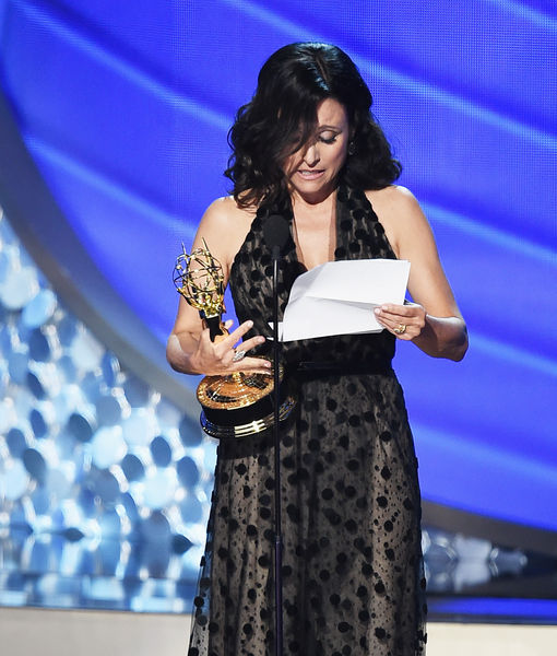 Julia Louis-Dreyfus Reveals Billionaire Father's Death During Tearful Emmys Acceptance Speech