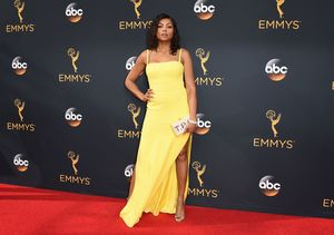 'Extra' Hangs with the Stars on the Emmys Red Carpet