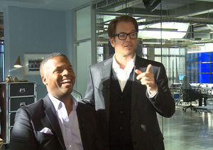 'Extra' Goes on the 'Bull' Set with Michael Weatherly