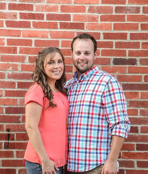 Josh & Anna Duggar Celebrate 8th Wedding Anniversary — See Their New Pic Together!
