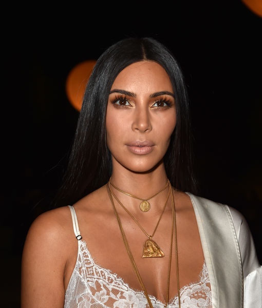 Kim Kardashian Held Up at Gunpoint in Paris, $10 Million in Valuables Stolen
