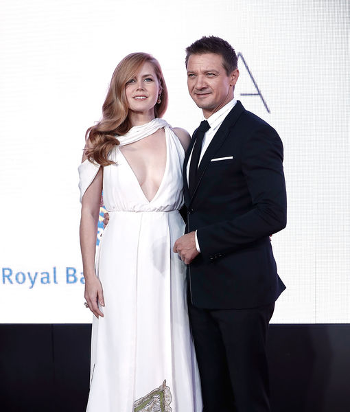 amy-adams-jeremy-renner-getty