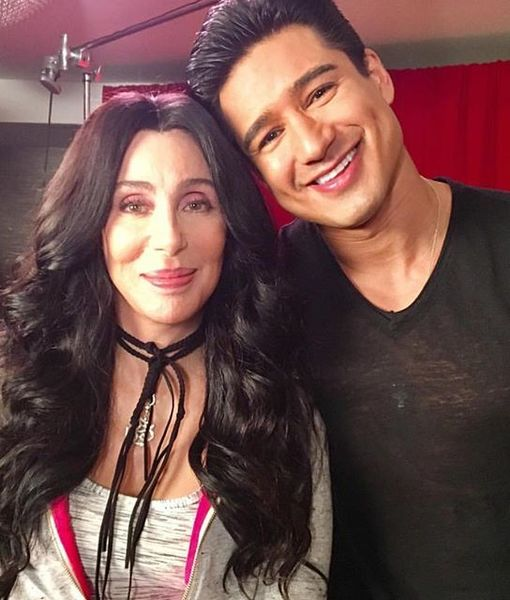 Cher Remembers Her First Kiss with an 'Idiot'