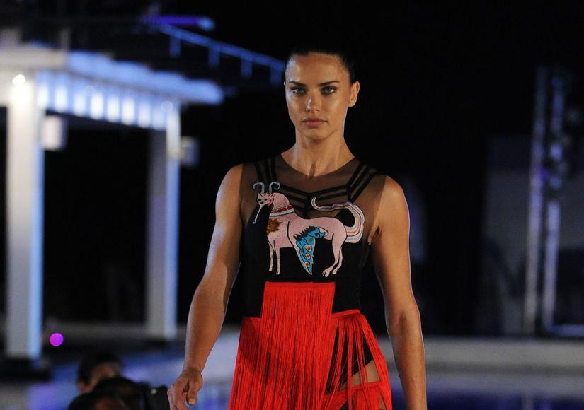 Adriana Lima Sizzles in Mexico
