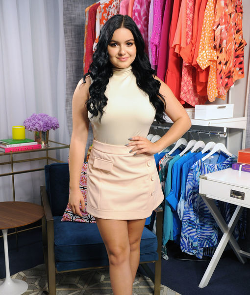 5e3370c2caf  Modern Family  Star Ariel Winter  Aspiring Attorney... and  Butt Person