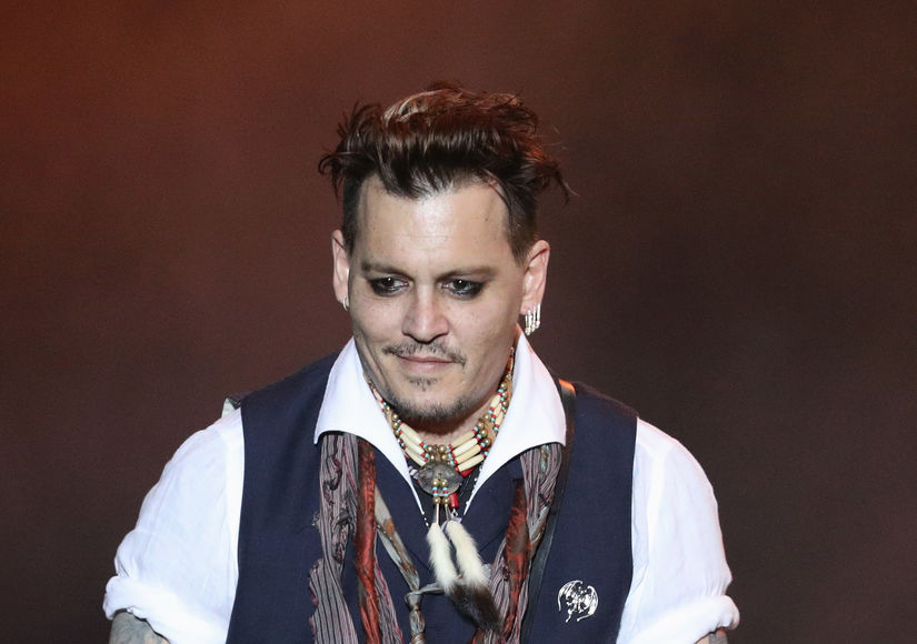 Extra Scoop: Johnny Depp Makes a Rare Post-Divorce Public Appearance