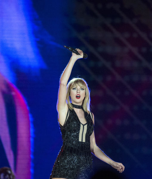 Taylor Swift Sings Ex-Boyfriend Calvin Harris' Song