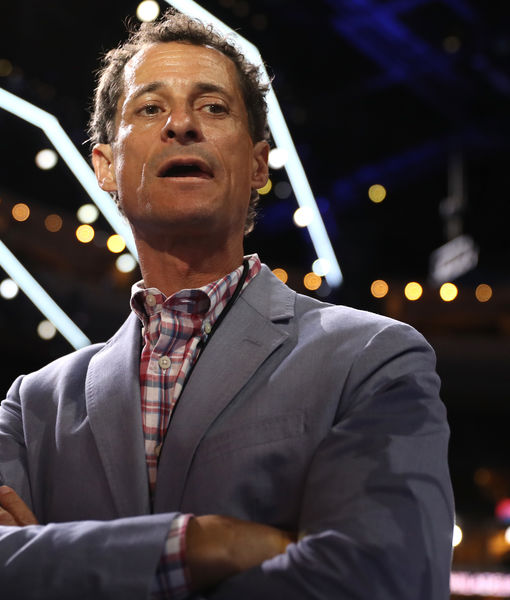 Anthony Weiner Reportedly Checks in to Sex Addiction Treatment Center After…