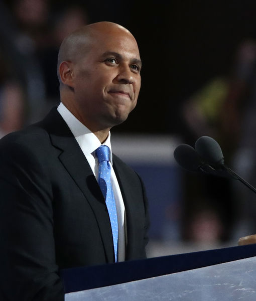 Would Cory Booker Consider a Cabinet Position with Hillary Clinton?