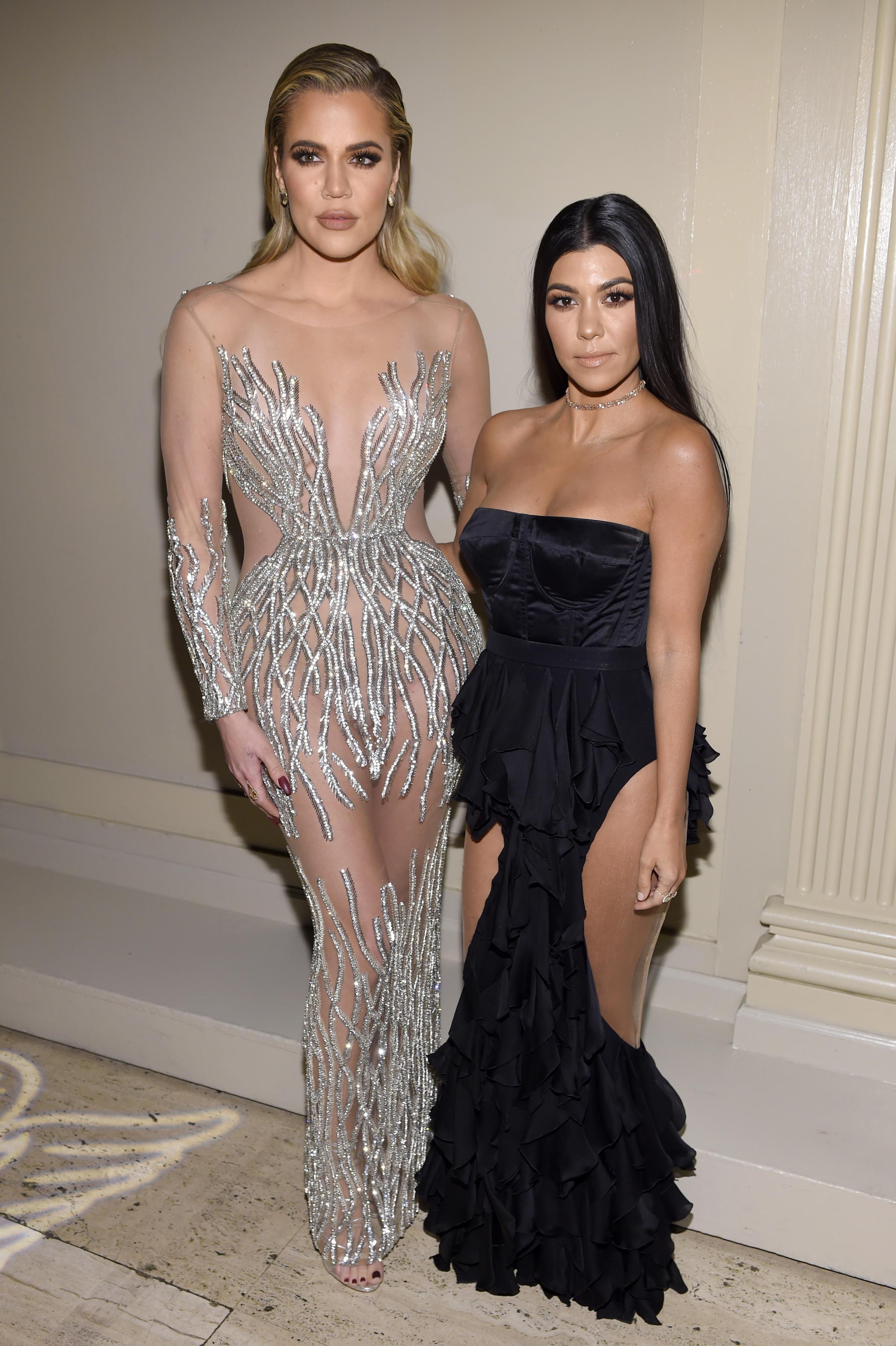 Khloé-Kardashian-Kourtney-Kardashian
