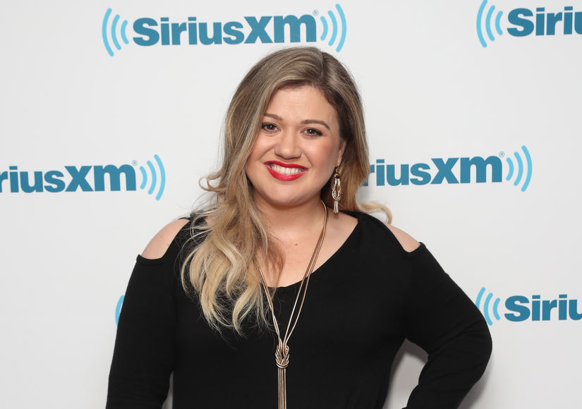 Kelly Clarkson Signs on as 'The Voice' Season 14 Coach