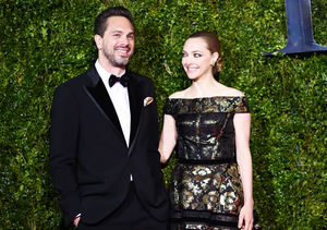 Amanda Seyfried & Thomas Sadoski Expecting First Child