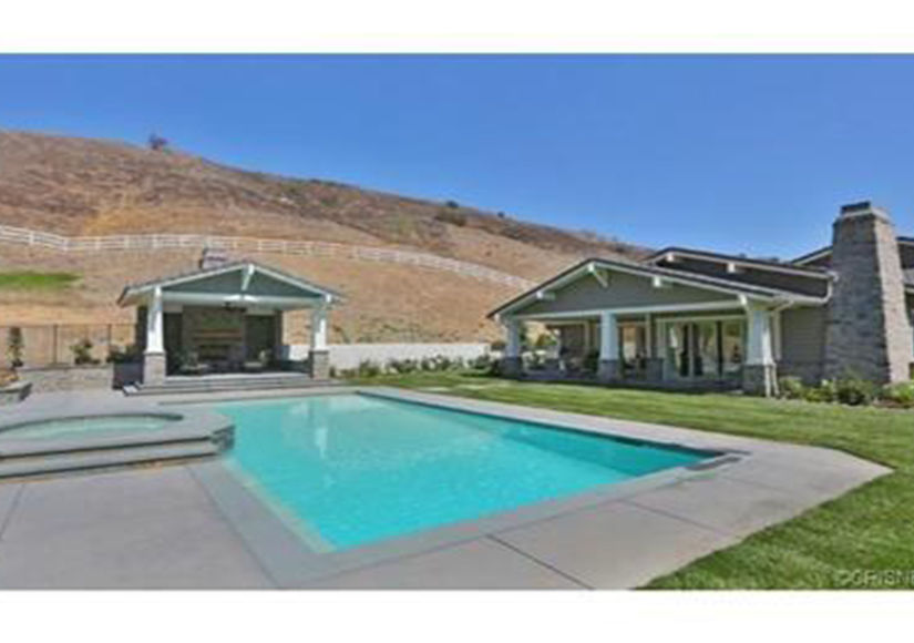 Kylie-Jenner-Buys-In-Hidden-Hills-Backyard
