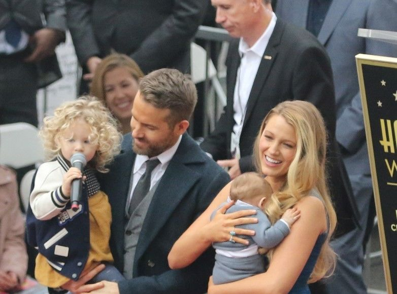 Ryan Reynolds Brings His Family to Hollywood Walk of Fame Ceremony