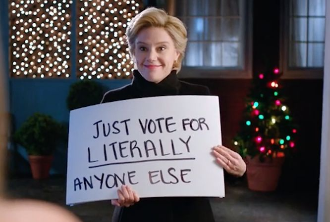Kate McKinnon's Hillary Begs Elector Not to Vote Trump