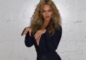 Have Yourself a Beyoncé Little Christmas...