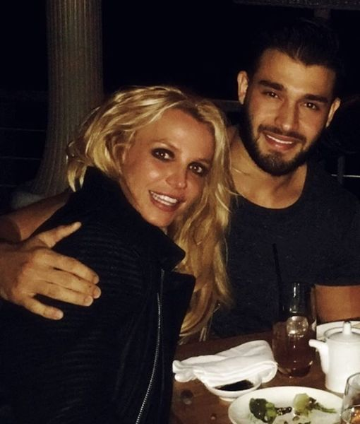 Britney Spears Makes It Official with Sam Asghari