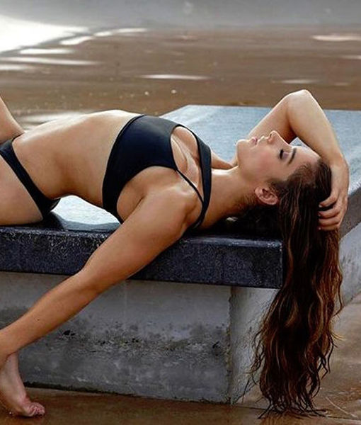 Aly Raisman & Simone Biles Look Sexy for Sports Illustrated Swimsuit Issue…