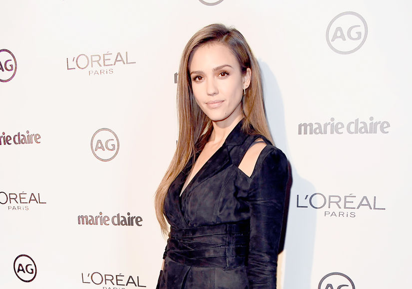 That One Time Jessica Alba Suffered a Heat Stroke and 'Barfed' During Her…