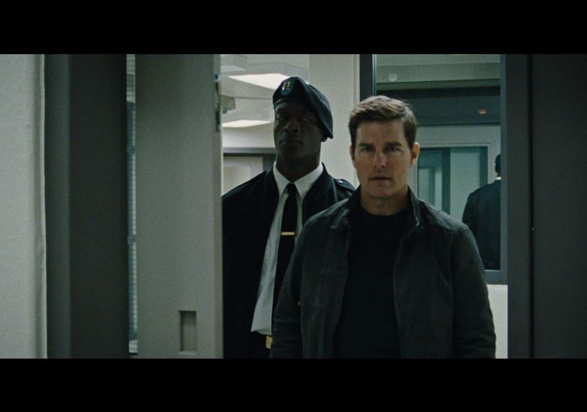 013117_jack_reacher_jacket_screengrab