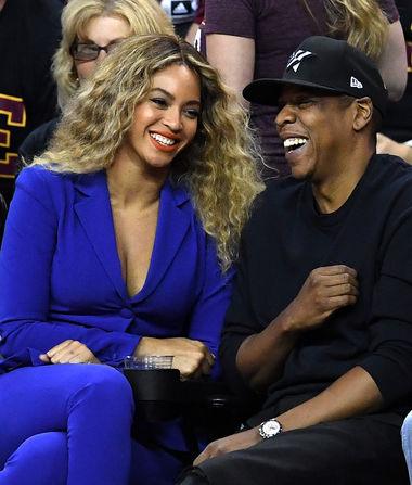 How Beyoncé Keeps Women Away from JAY-Z