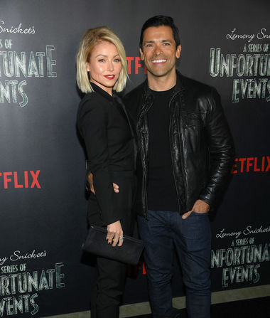 How Mark Consuelos' Bedroom Habits Changed After Kelly Ripa's Sex…