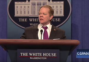 Melissa McCarthy Returns to 'SNL' as Sean Spicer