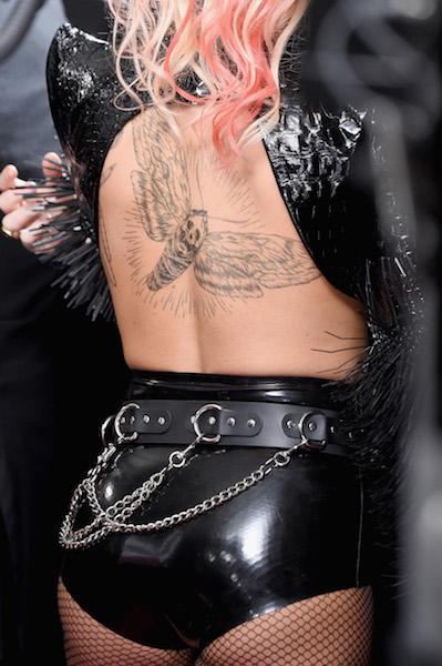 Lady-Gaga-lr2