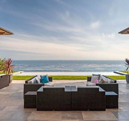 A Look at Britney Spears' $30-Million Valentine's Vacation Villa