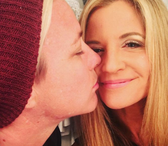 Soccer Star Abby Wambach & Mom Blogger Engaged!