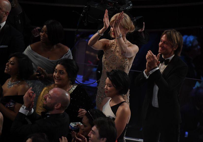 Nicole Kidman Explains Her 'Seal Clap' at the Oscars