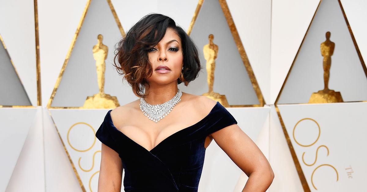 Taraji P Henson Shows Off Major Cleavage On Oscars  Red Carpet Extratv Com