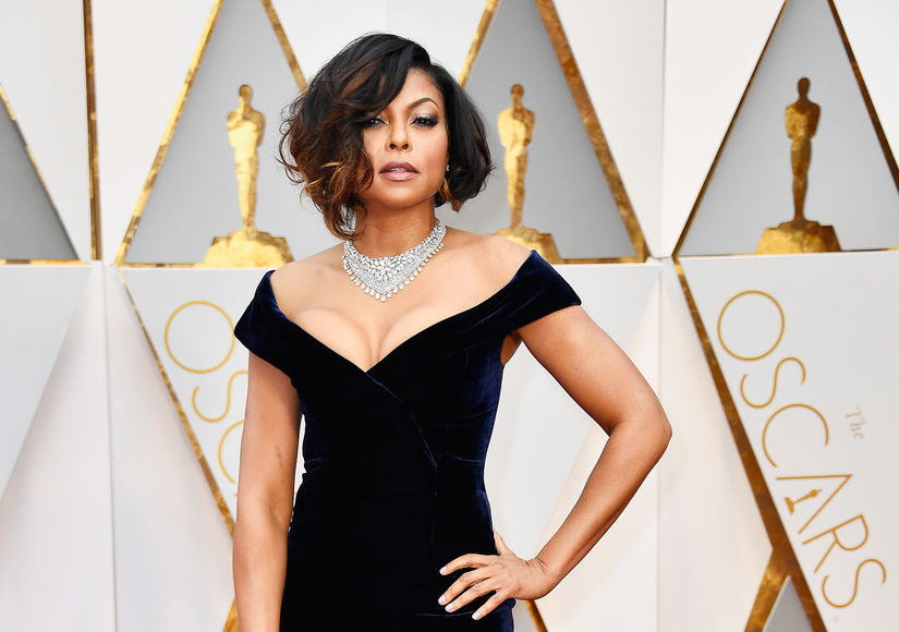 Taraji P. Henson Shows Off Major Cleavage on the Oscars Red Carpet