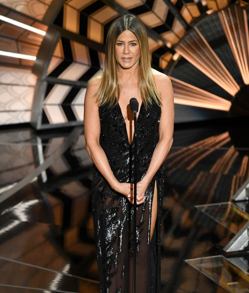 Did Jennifer Aniston Steal Jennifer Lopez's Style for the Oscars?