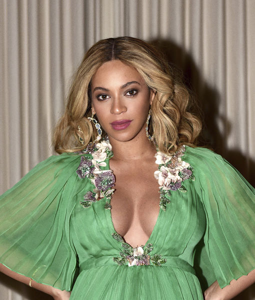 Wowza! See Beyoncé's Stunning New Pregnancy Photos