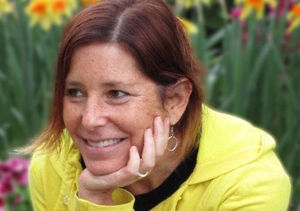 Author Dies at 51 After Penning Heartbreaking Dating Profile for Husband