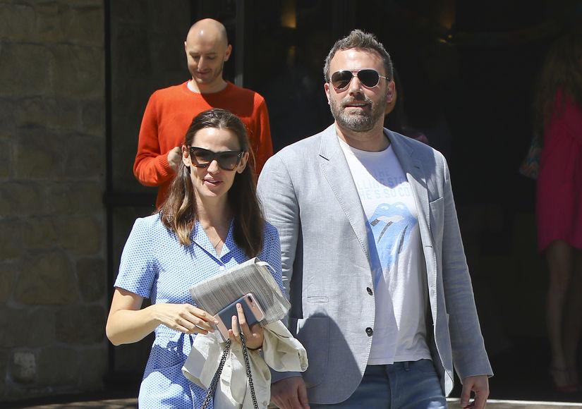 Friendly Exes! Ben Affleck & Jennifer Garner's Happy Easter Sunday After…