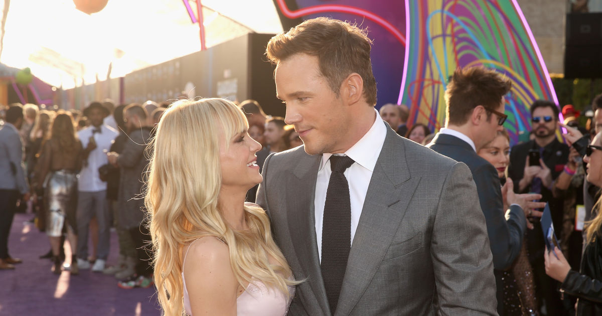Chris Pratt Explains THAT Funny Behind-the-Scenes Photo ...