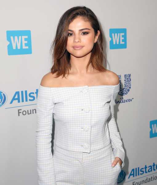 Selena Gomez Just Cut Her Hair SUPER Short!
