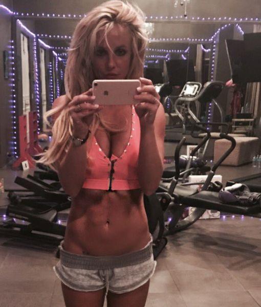 Britney Spears, Splitney Spears – Her New Gym Selfies!