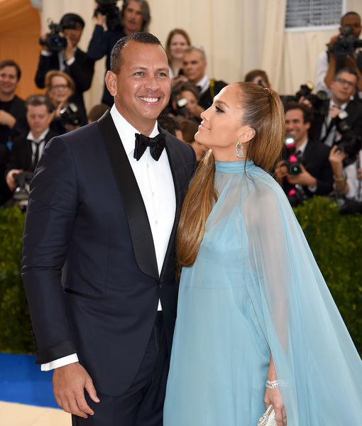 Jennifer Lopez & Alex Rodriguez Make It Red-Carpet Official at Met Gala