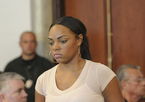 Why Aaron Hernandez's Fiancée Shayanna Jenkins-Hernandez Questions His…