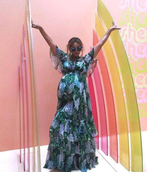Beyoncé Bares Henna-Decorated Bump!: Inside Her Carter Push Party